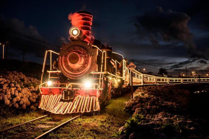 maria fumaça ferrovia do trigo